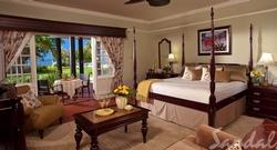 65% off Honeymoon Beachfront Butler Suite in Jamaica