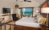 Honeymoon Beachfront 2 Story 1Bdrm Butler Villa