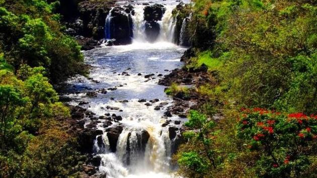 Numerous waterfalls dot Hawaii