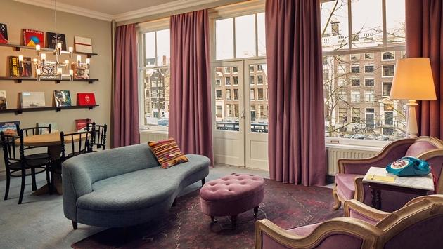 A guest suite at Pulitzer Amsterdam