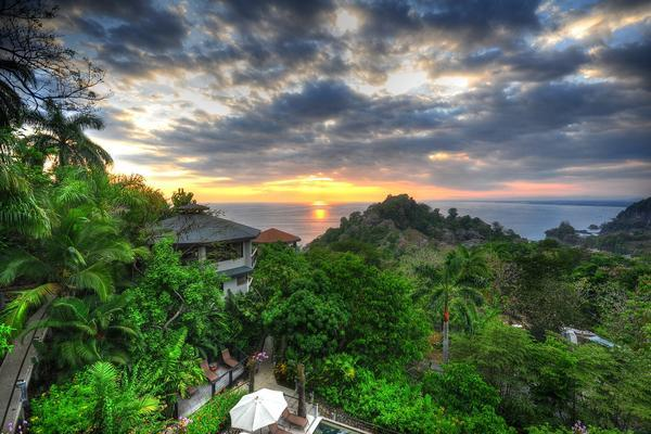 An Epic Fitcation Paradise Awaits in Costa Rica