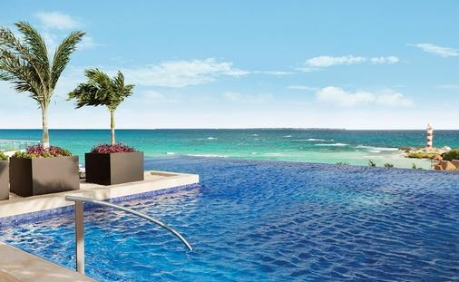 Summer of Savings at Hyatt Ziva Cancun