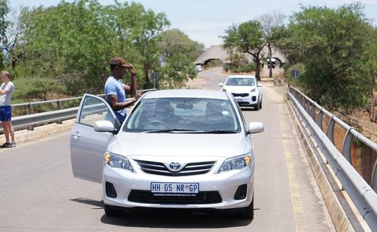Stopped vehicles inside Kruger National Park