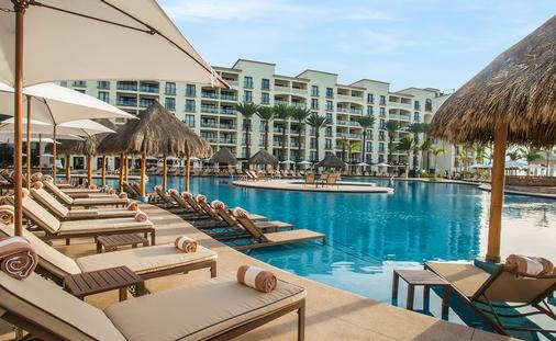 Save Big on an All-Inclusive Vacation to Hyatt Ziva Los Cabos