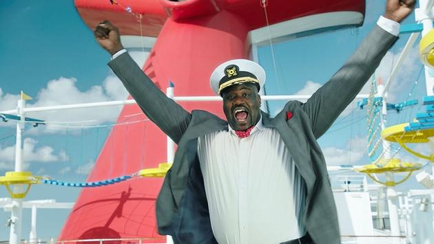 Shaquille O'Neal is living it up aboard the Carnival Vista
