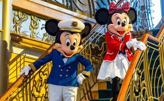 FOTO: El capitán Mickey Mouse y su pareja Minnie. (Foto de Matt Stroshane / Disney Cruise Line)