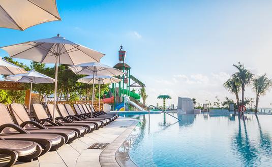 Main pool at Sandos Playacar Beach Resort