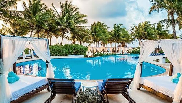 Desire Resorts & Cruises: Pool Riviera Maya (Courtesy of Original Group)