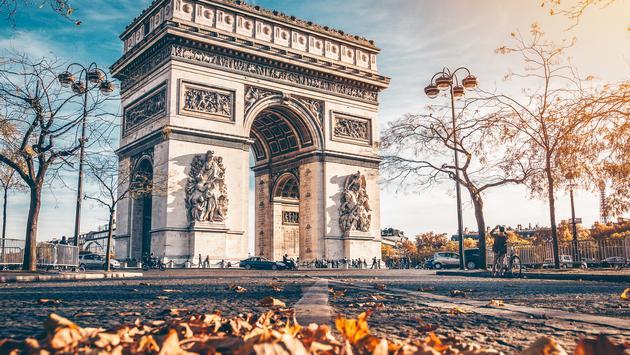 Paris, Arc de Triomphe, Fall