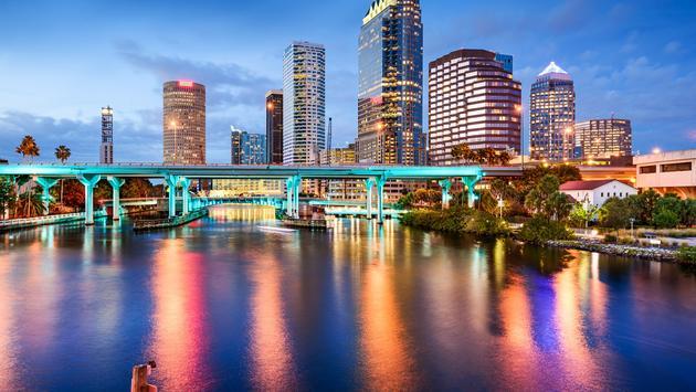 Downtown Tampa, Florida skyline over the Hillsborough Rive