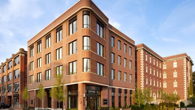Whitney Hotel, Boston