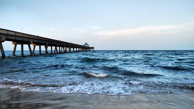 Deerfield Beach International Fishing Pier, Florida