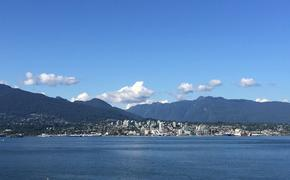 Vancouver water and mountains