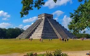 La pirámide del Kukulkán se encuentra en la zona arqueológica de Chichén Itzá. (Foto de Journey Mexico)