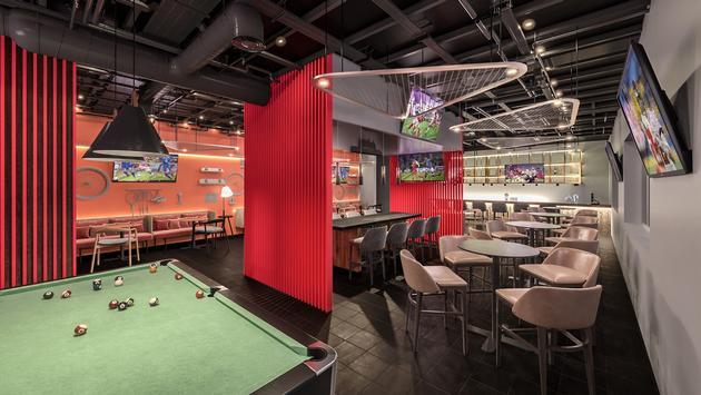 Hyatt Ziva Riviera Cancun's sports bar, Off Court