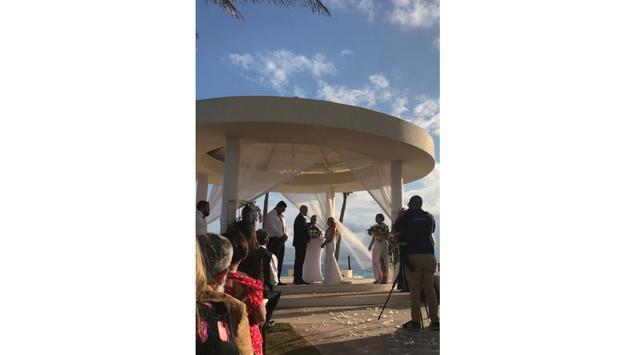 Suzy Mkhitarian and Josef Timchenko's wedding ceremony at Hyatt Ziva Cancun.