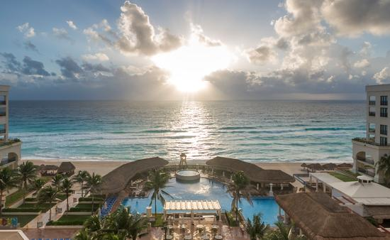 Ocean view from Marriott Cancun Resort.