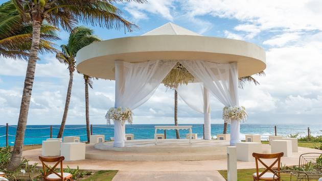 Wedding Cliff Gazebo at Hyatt Ziva Cancun