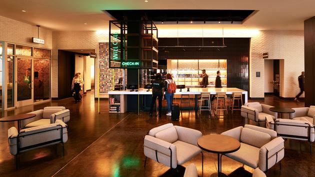 REVERB Downtown Atlanta, lobby