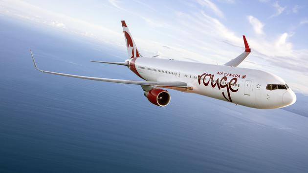 Avion d'Air Canada Rouge