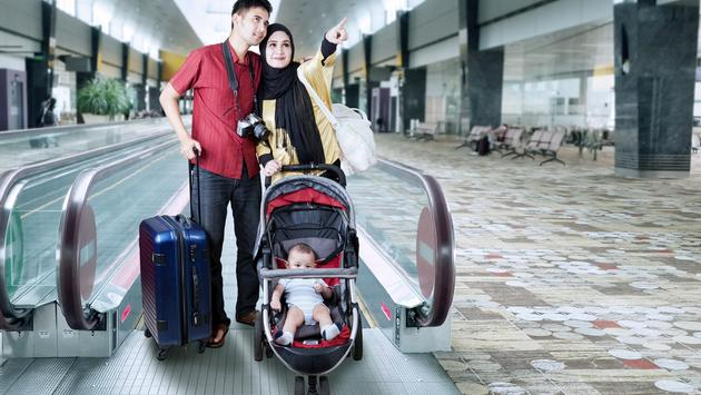 Muslim, family., travel, airport