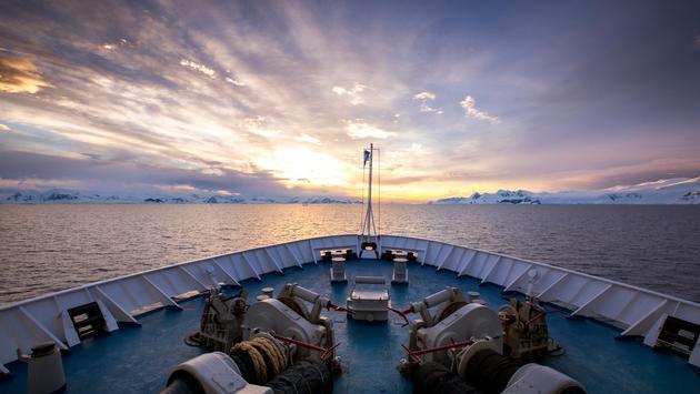 Adventure Life - Antarctic Cruise