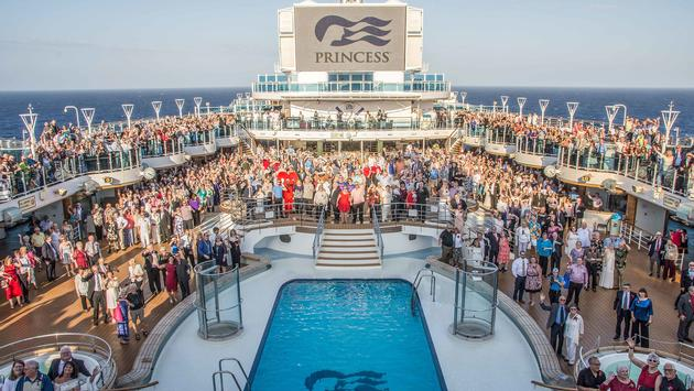 Princess Cruises vow renewal