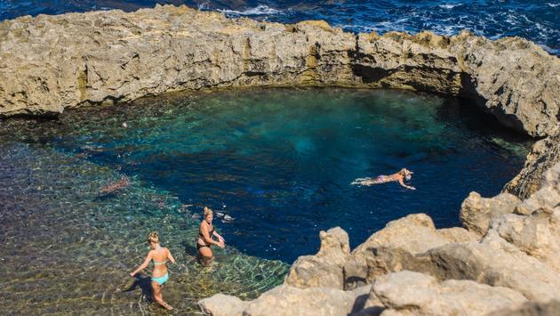 natural pool near Azure Window