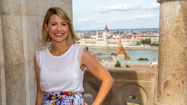 Travel TV Host Samantha Brown at Hungarian Parliament