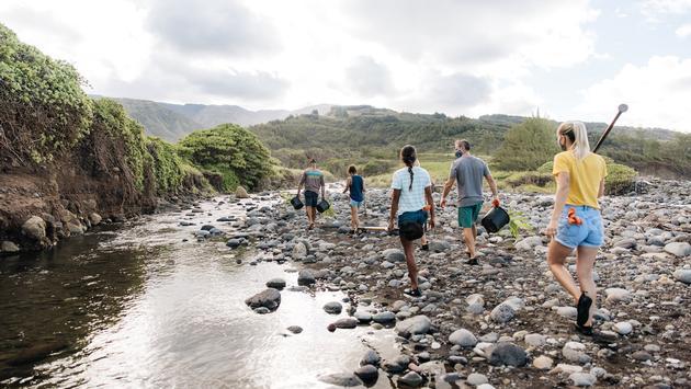 Volunteering in Hawaii