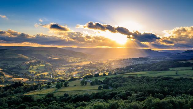 Um belo pôr do sol no Peak District