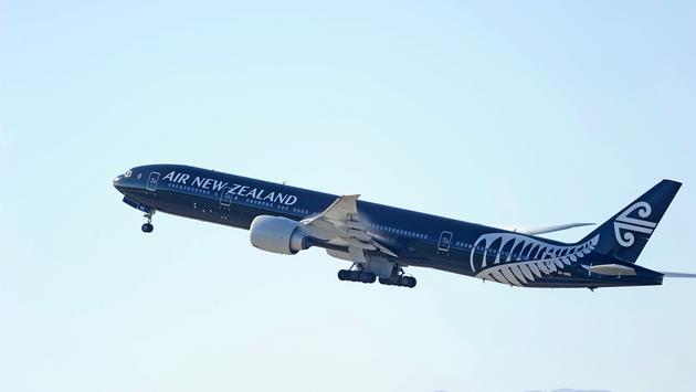 Air New Zealand Boeing 777 in flight