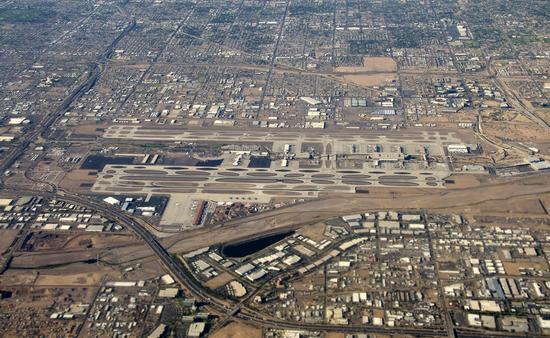 Aerial view of Phoenix Sky Harbor International Airport