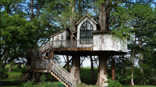 The Chapelle Treehouse at Treehouse Utopia in Texas
