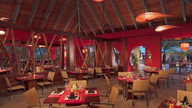 Asian Restaurant at Hilton La Romana for Adults