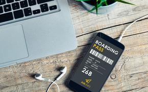 Mobile phone with electronic boarding pass