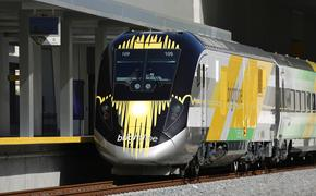 train, brightline, travel