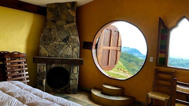 En el Hotel Casa Caracol las habitaciones asemejan pequeñas casas de duendes. Foto de Hotel Casa Caracol)