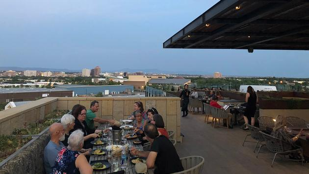 Level 5 Restaurant & Lounge