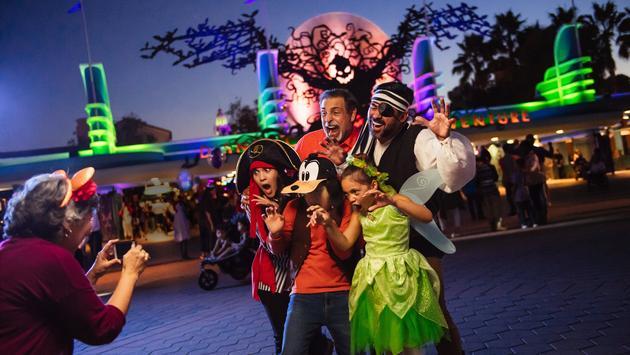 Disneyland, Resort, halloween