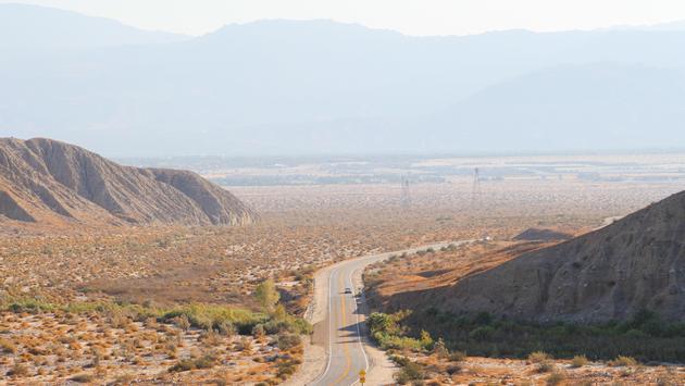 Sunbuggy ofrece paseos en las dunas del Este Las Vegas.