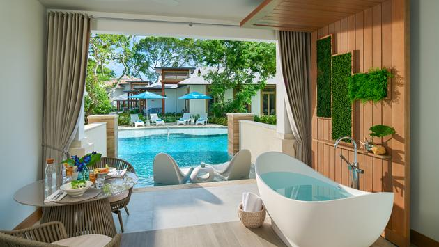 South Seas Hideaway Crystal Lagoon Swim-up Butler Suite with Patio Tranquility Soaking Tub at Sandals Royal Barbados.