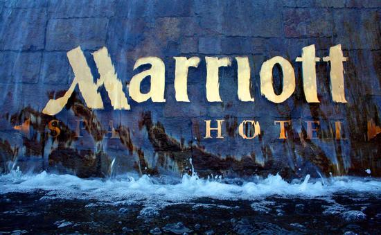 Marriott sign.