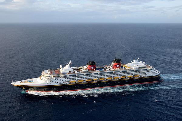 Disney Cruise Line Adds New Orleans-Themed Lounge to Disney Wonder