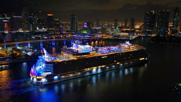 Symphony of the Seas (Copyright Royal Caribbean)