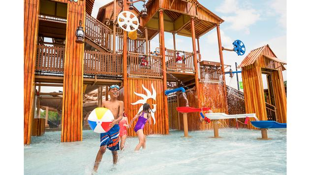 Splash into Summer at Gaylord Hotels