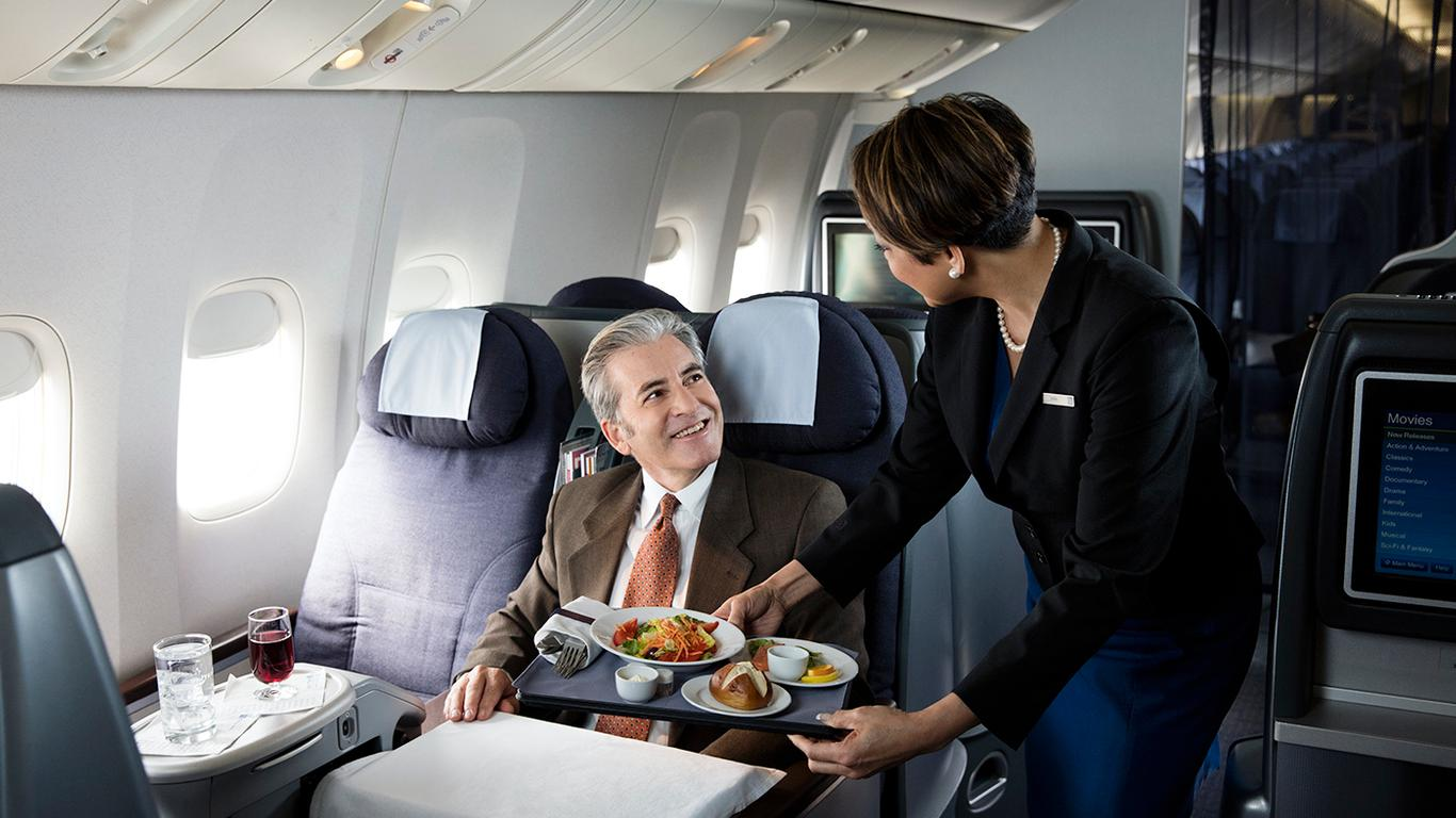 United Airlines Will Introduce Major Changes to its Meal Service in 2020