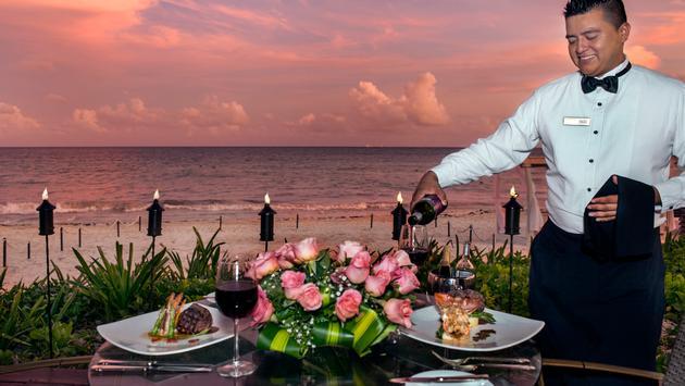 Beachfront dining at Hilton Playa del Carmen.