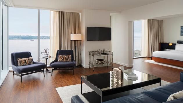 Corner View Suite at Thompson Seattle