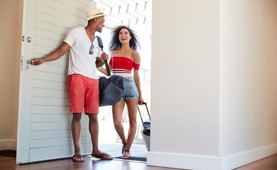 home rental, home sharing, couple